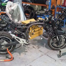 cambio de chasis Kawasaki Z75 patrickmotos elche alicante 03
