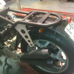 escape y chasis modificado en BMW K100 patrickmotos elche alicante 04